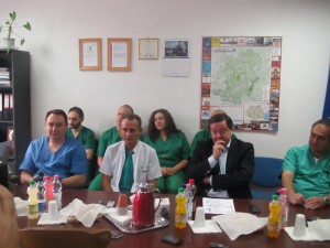 Doctorul Gheorghe Beg cetntru in halat alb (2)