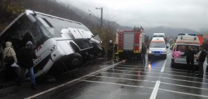 Accident-autocar-Baile-Herculane